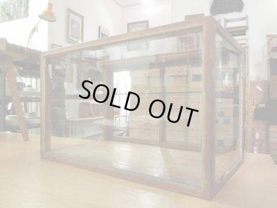 画像2: 昭和レトロ 木製5面ガラスショーケース 飾り棚
