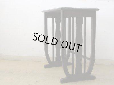 画像1: アンティーク 古い洋館 桜材のサイドテーブル