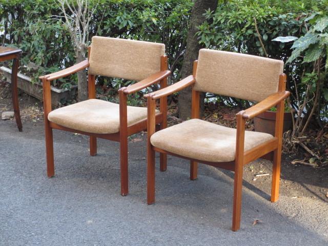 北欧デザイン チーク材アームチェア ダイニングチェア 椅子