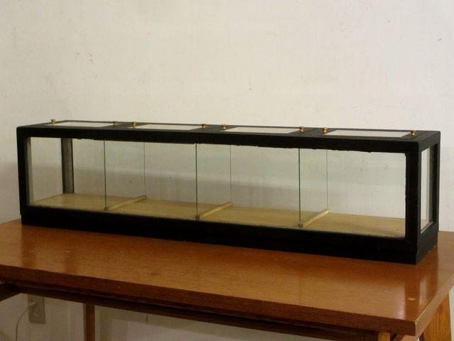 画像1: アンティーク 横長の卓上ショーケース