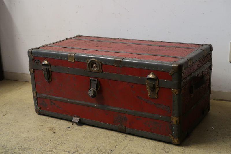 画像1: アンティーク トランク 赤 松屋