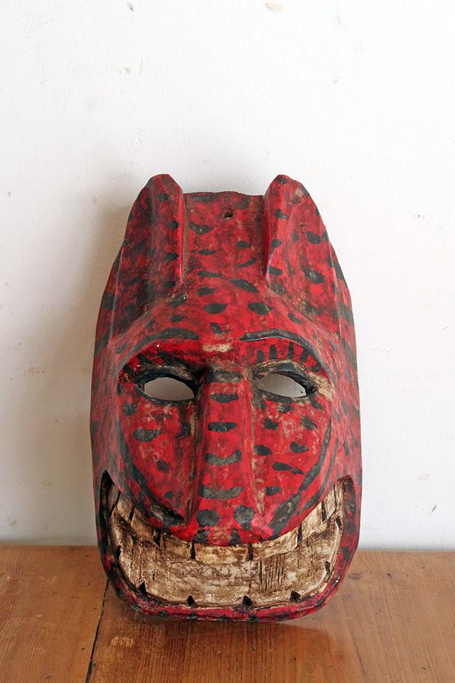 画像1: 民族美術 グアテマラ チチカステナンゴの木彫りマスク